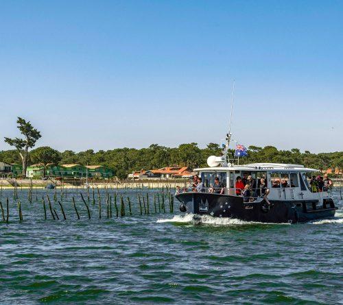 Un bateau de l'UBA lors du Grand Tour de l'Île aux Oiseaux