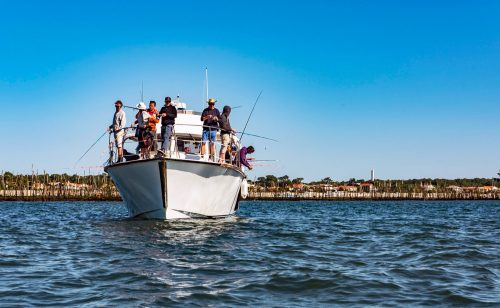 Pêche au niveau de la jetée Bélisaire en face du phare
