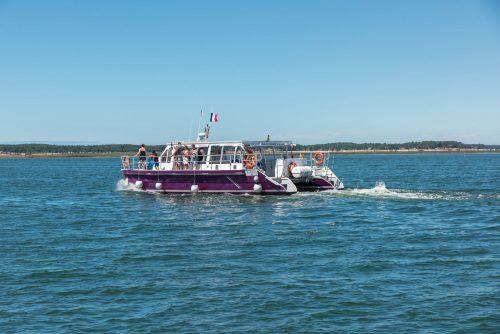 """""""Kalume"""" Catamaran de la flotte de l'Union des Bateliers Arcachonnais"""