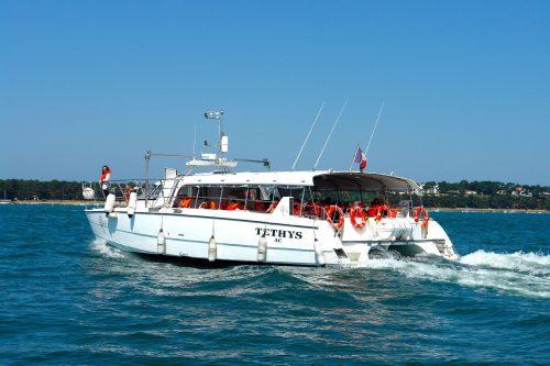 Un bateau de l'UBA lors de la traversée Arcachon - Cap Ferret