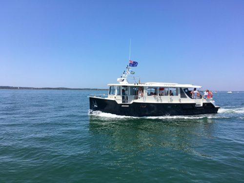 Un bateau UBA lors de Petit Tour des Bateliers
