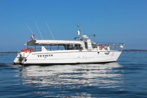 """""""Tethys"""" Catamaran de la flotte de l'Union des Bateliers Arcachonnais"""